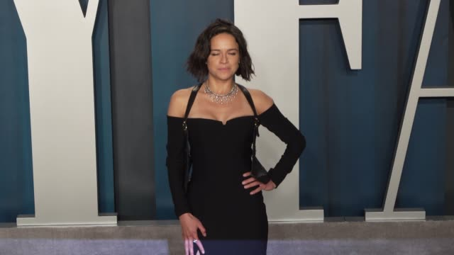 michelle rodriguez at vanity fair oscar party at wallis annenberg center for the performing arts on february 09, 2020 in beverly hills, california. - vanity fair stock videos & royalty-free footage