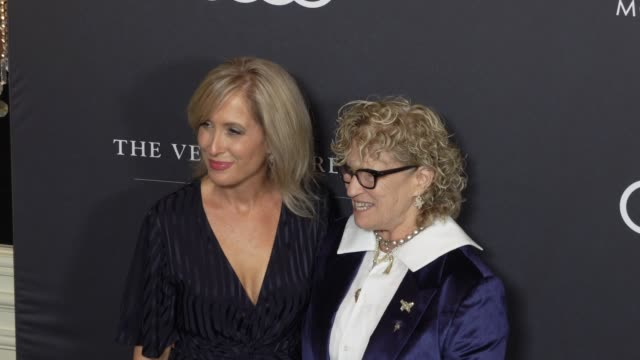 michelle sobrino-stearns and claudia eller at the variety's power of women: los angeles at the beverly wilshire four seasons hotel on october 12,... - フォーシーズンズホテル点の映像素材/bロール