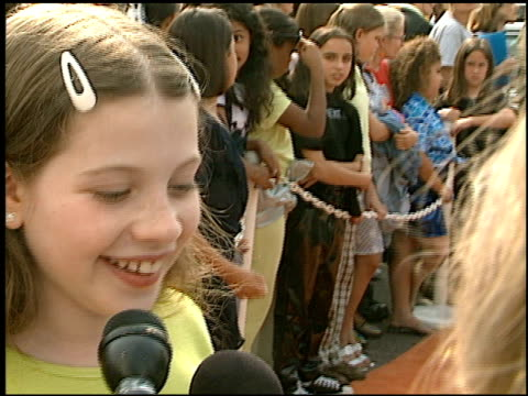 michelle trachtenberg at the 1997 nickelodeon kids' choice awards arrivals at grand olympic auditorium in los angeles, california on april 19, 1997. - nickelodeon stock videos & royalty-free footage