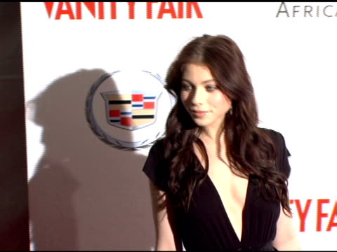 michelle trachtenberg at the amped for africa pre-oscar benefit hosted by charlize theron at republic restaurant in los angeles, california on march... - ミシェル・トラクテンバーグ点の映像素材/bロール