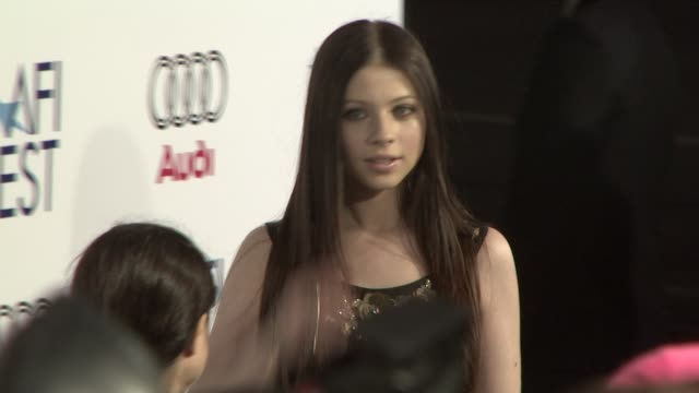 michelle trachtenberg at the 'che' premiere at los angeles ca. - michelle trachtenberg stock videos & royalty-free footage