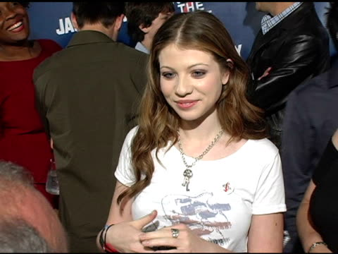 michelle trachtenberg at the rock the vote at warner brothers in burbank, california on september 29, 2004. - rock the vote stock-videos und b-roll-filmmaterial