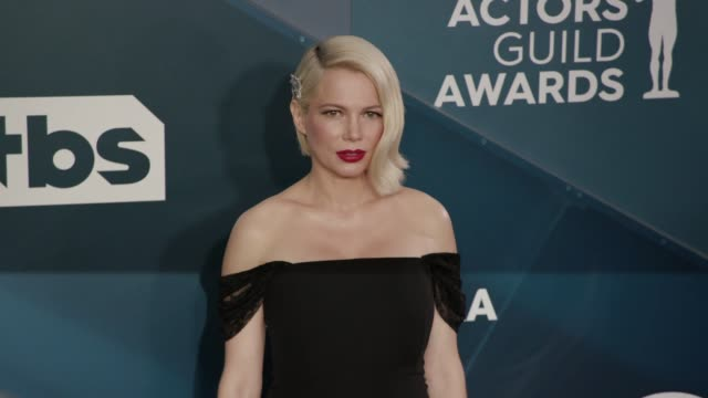 michelle williams at the 26th annual screen actors guild awards - arrivals at the shrine auditorium on january 19, 2020 in los angeles, california. - screen actors guild awards stock videos & royalty-free footage