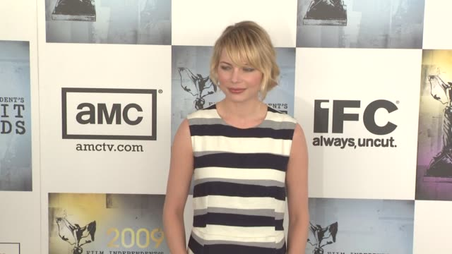 Michelle Williams at the Film Independent's 2009 Spirit Awards Arrivals Part 4 at Los Angeles CA