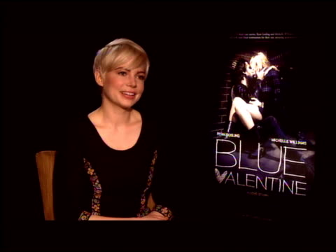Michelle Williams on working with Ryan Gosling how film is about a duet between past and present between love and hate and says no one has that...