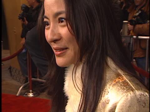 michelle yeoh at the us marshals premiere at fox westwood village - westwood village bildbanksvideor och videomaterial från bakom kulisserna