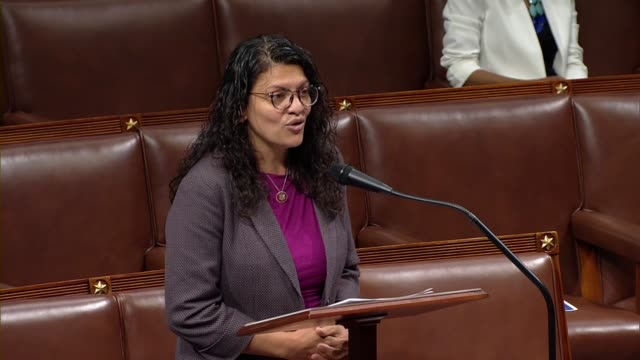 michigan congresswoman rashida tlaib says during time held by alexandria ocasio-cortez to discuss sexism that is a proud member of congress and woman... - united states congress stock-videos und b-roll-filmmaterial