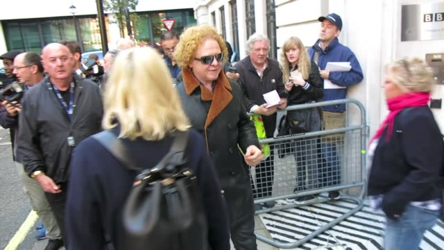 mick hucknall at bbc radio 2 at celebrity sightings in london on october 28, 2014 in london, england. - bbc radio stock videos & royalty-free footage
