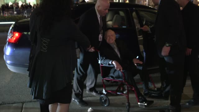 mickey rooney at the 2014 vanity fair oscar party hosted by graydon carter - arrivals on march 02, 2014 in west hollywood, california. - oscar party stock videos & royalty-free footage
