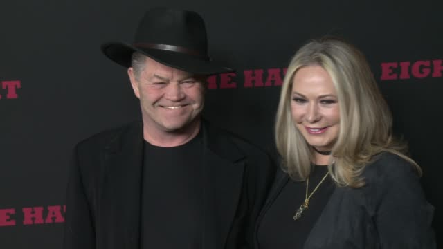 """micky dolenz at """"the hateful eight"""" world premiere at arclight cinemas on december 07, 2015 in hollywood, california. - arclight cinemas hollywood stock-videos und b-roll-filmmaterial"""