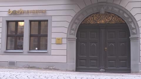 mid shot entrance bach museum in leipzig - johann sebastian bach stock videos & royalty-free footage