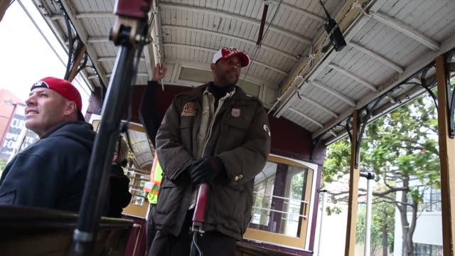 Mid shot of cable car operator view from passenger's seat Tourists come from all over the world to see San Franciscos iconic cable cars the last...