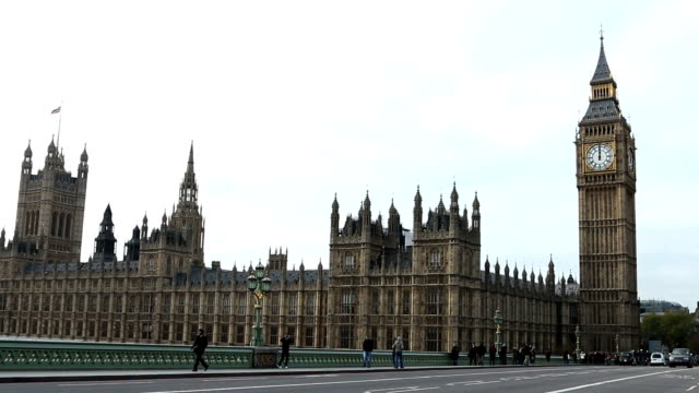Midday, Big Ben, House of Commons.
