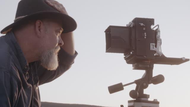 Mittleren Alters kaukasischen Männer Outdoor-Fotograf