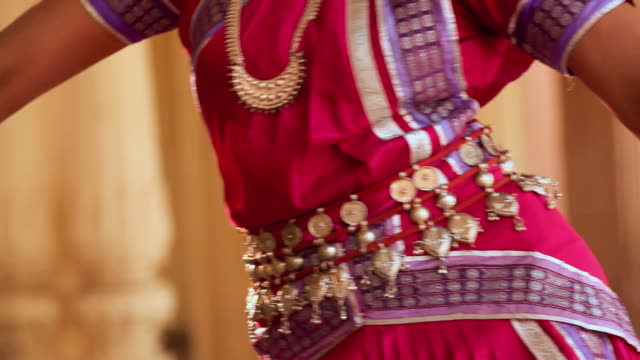 midsection view of a odissi dancer performing in the palace, ballabgarh, haryana, india - tradition stock videos & royalty-free footage