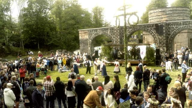 vidéos et rushes de midsummer festival - suède