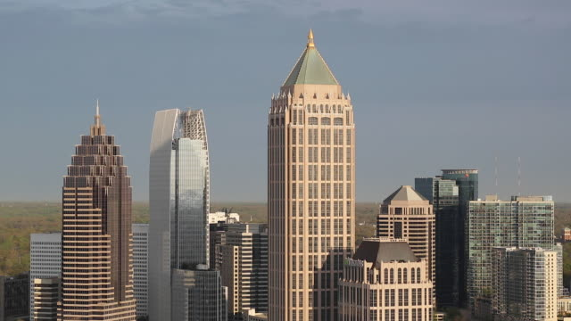 stockvideo's en b-roll-footage met midtown atlanta skyline, georgia, united states of america - georgia us state