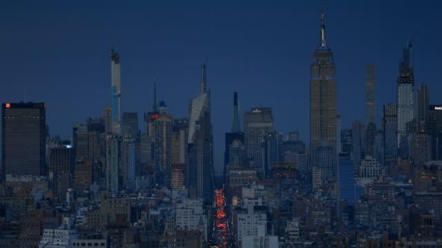 midtown manhattan skyline dusk view - avenue stock videos & royalty-free footage