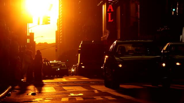 midtown manhattan sunset street scene - twilight stock videos & royalty-free footage