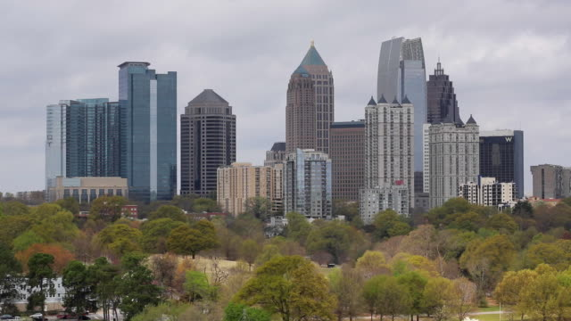 vídeos y material grabado en eventos de stock de midtown skyline from piedmont park, atlanta, georgia, united states of america - georgia estado de eeuu