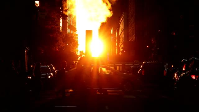 midtown sunset street scene - 42nd street stock videos & royalty-free footage