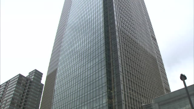 midtown tower at tokyo midtown complex - tokyo midtown stock videos and b-roll footage