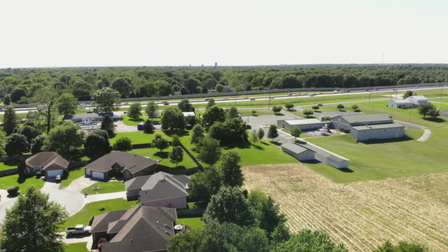 midwest usa aerial residential subdivision middle income and luxury home views 4k drone video - missouri stock videos & royalty-free footage