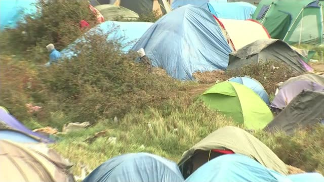 Jungle residents to be moved / growing hostility in Germany T12111542 / FRANCE Calais EXT Tents of migrants and refugees living in The Jungle refugee...