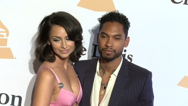 stockvideo's en b-roll-footage met miguel at the 2016 pregrammy gala and salute to industry icons honoring irving azoff at the beverly hilton hotel on february 14 2016 in beverly hills... - irving azoff