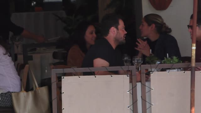 Mike Comrie grabs lunch before shopping in Beverly Hills in Celebrity Sightings in Los Angeles