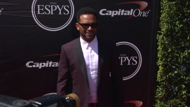mike epps at the 2015 espys at microsoft theater on july 15 2015 in los angeles california - microsoft theater los angeles stock videos and b-roll footage