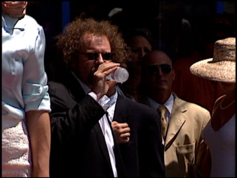 mike figgis at the dedication of nicolas cage's walk of fame star at hollywood boulevard in hollywood, california on july 31, 1998. - マイク フィギス点の映像素材/bロール