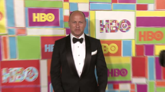 vídeos y material grabado en eventos de stock de mike judge at hbo's official 2014 emmy after party at the plaza at the pacific design center on august 25 2014 in los angeles california - premios emmy