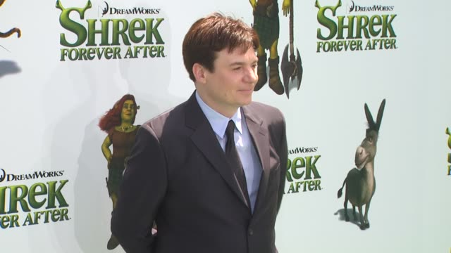 mike myers at the 'shrek forever after' premiere at universal city ca - universal city video stock e b–roll