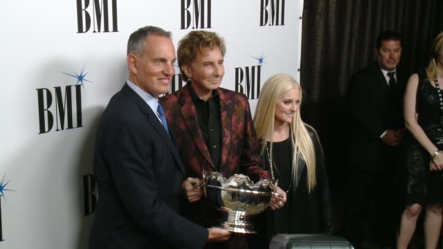 mike o'neill, barry manilow, barbara cane at 65th annual bmi pop awards in los angeles, ca 5/9/17 - barry manilow stock videos & royalty-free footage