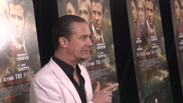 """mike patton at """"the place beyond the pines"""" new york premiere presented by focus features at landmark sunshine cinema on march 28, 2013 in new york,... - ランドマークサンシャインシアター点の映像素材/bロール"""