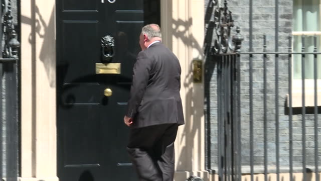 mike pompeo arriving at 10 downing street - building feature stock videos & royalty-free footage