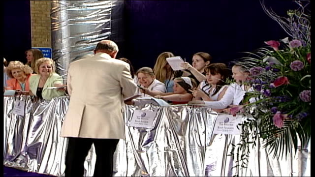 london bbc tv centre mike reid signing autographs for fans at soap awards ceremony - autogramm stock-videos und b-roll-filmmaterial