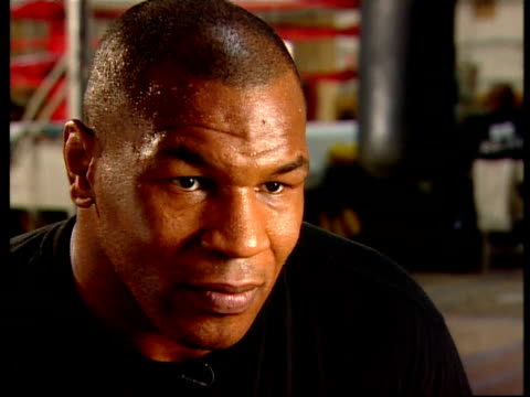stockvideo's en b-roll-footage met mike tyson interview recorded july 2001 at madison gym at madison gym on july 26, 2001 in phoenix, arizona - vrijetijdsfaciliteiten