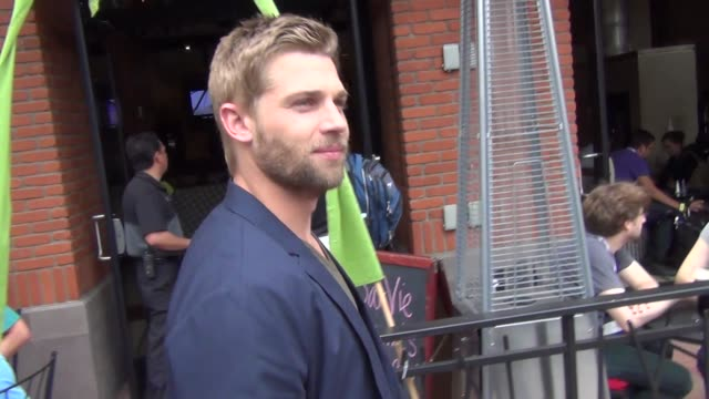 Mike Vogel talks Comic Con and the costumes on streets of San Diego Comic Con at Celebrity Sightings ComicCon International 2013 Celebrity Sightings...