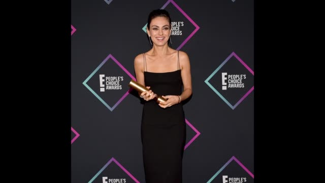 Mila Kunis Comedy Movie Star of 2018 poses in the press room during the People's Choice Awards 2018 at Barker Hangar on November 11 2018 in Santa...