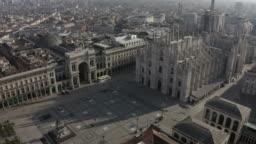 24 Milano Italia Aerial View Piazza Duomo Cathedral Monument Landmark