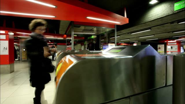 Milano (city of Expo 2015) Underground Timelapse
