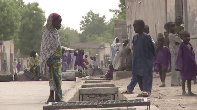 Miles de ninos nigerianos han quedado huerfanos por la accion del grupo yihadista Boko Haram que desde 2014 realiza secuestros masivos adoctrina a...