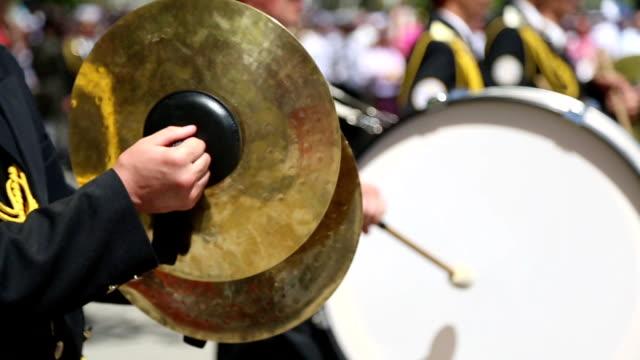 vídeos y material grabado en eventos de stock de banda militar - cabalgata