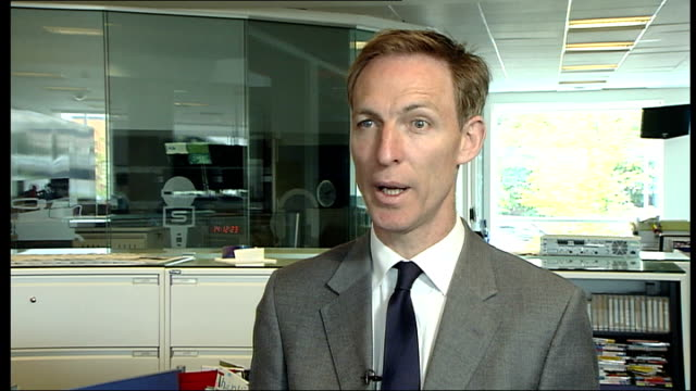military covenant to be enshrined in law; scotland: glasgow: int jim murphy mp interview sot - 証書点の映像素材/bロール