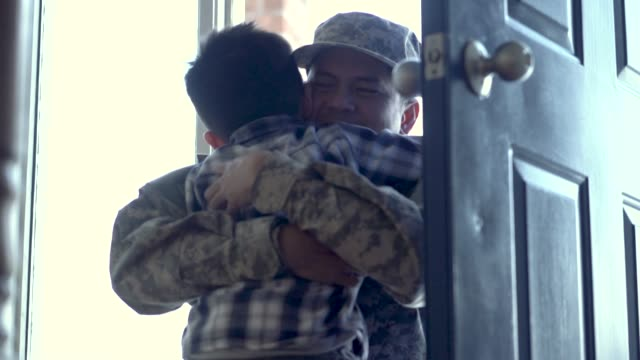 military father returning home - military recruit stock videos & royalty-free footage
