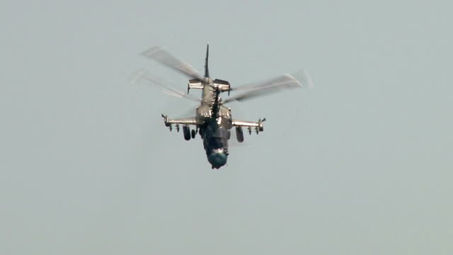 military helicopter maneuvering - air vehicle stock videos & royalty-free footage