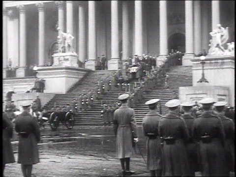 military honor guard outside of capitol as casket is carried down the stairs at president taft's funeral on march 15 1930 / washington dc - 1930 bildbanksvideor och videomaterial från bakom kulisserna