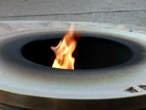 Militär Memorial: Eternal Flamme